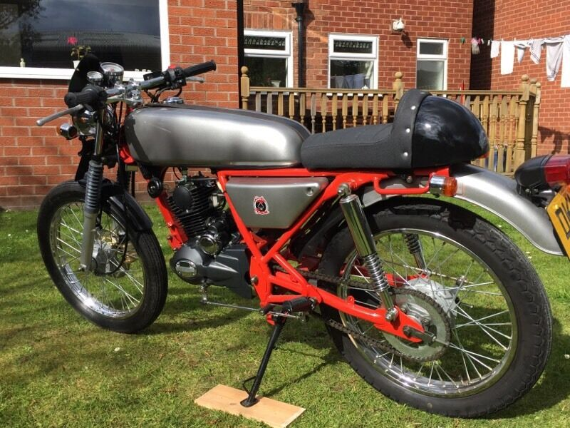skyteam ace cafe racer moped 50cc in chester cheshire. Black Bedroom Furniture Sets. Home Design Ideas