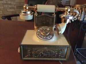 Téléphone antique à vendre