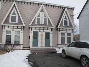 2 bdr home in gingerbread house.  Avail Aug 1.  $975/pou