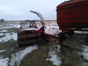 Silage cutter