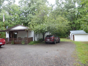 BEAUTIFUL AND PRIVATE HOUSE FOR SALE IN KALADAR (LAND OF LAKES)