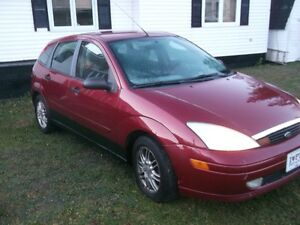 2002 Ford Focus ZX5 Sedan