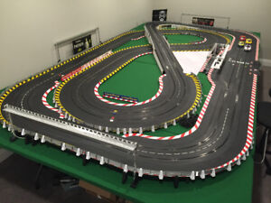 62 ft Carrera Race Track, 27  1/24 Scale Cars, Many Accessories