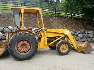 MASSEY  FERGUSON TRACTOR FOR SALE