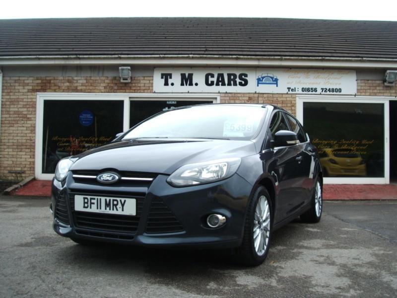 2011 Ford Focus 1.6 Zetec 5d **New MOT / FSH**