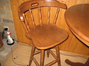 Bar Table and Chair Set Belleville Belleville Area image 4