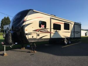 Roulotte Outback Super-Lite 312bh Diamond Package 2014 32 pieds