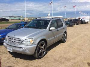 2002 Mercedes-Benz M-Class 350 ml SUV, Crossover