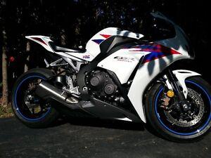HONDA CBR 1000 RR 20 TH 2012