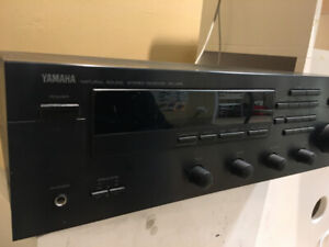 CD PLAYER YAMAHA TUNER/STEREO RECEIVER RX495 GOOD WORKING ORDER