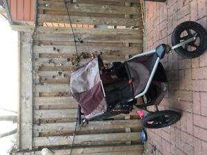 BOB Revolution SE running stroller