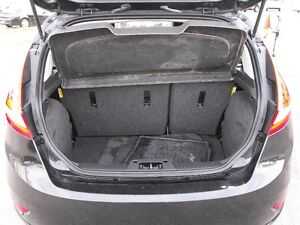 2011 FIESTA SES  HATCH  LEATHER  SUNROOF  LOADED  NO ACCIDENTS.. Windsor Region Ontario image 13