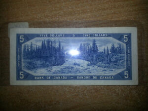 1954 5$ BILLS IN GREAT CONDITION FOR BIENG OVER 61 YEARS OLD!!! London Ontario image 3