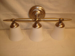 FROSTED GLASS TULIP WALL SCONCE.