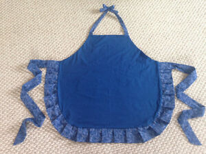 Cute Ruffled apron new hand made Cambridge Kitchener Area image 6