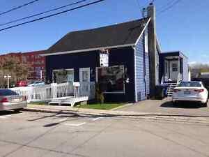 Bâtisse commerciale/Bureau à vendre à Matane MLS 11179205