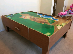 Imagination Kid's Play table