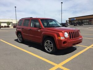 2009 Jeep Patriot North Edition Low kms!!