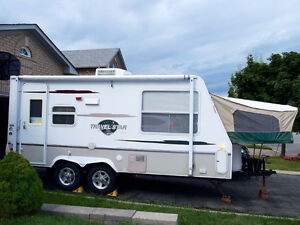 VERY Gently Used Expandable Trailer Still Like NEW
