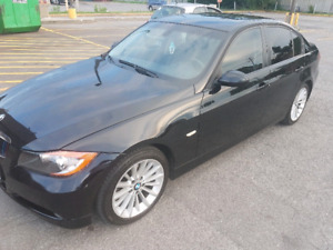 BMW 323i 2008 + winter tires/pneu hiver NEGO
