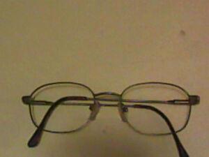 Lightweight wire prescription GLASSES frames