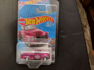 Hot Wheels Super Treasure Hunt 52 Chevy Pickup Truck.