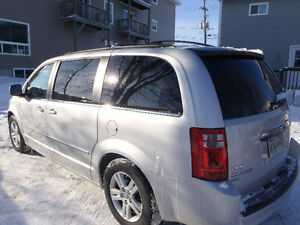 2010 Dodge Grand Caravan SXT PLUS PACKAGE /LEATHER LOADED