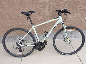 Specialized crosstrail perfect condition used once