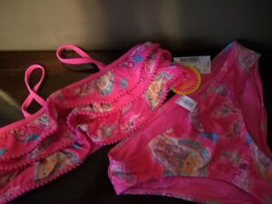 BNWT Childrens Place Girl's bathing suit size 10/12