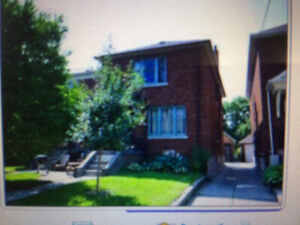 Amazing! 1 Bedroom Apartment in SAFE Leaside