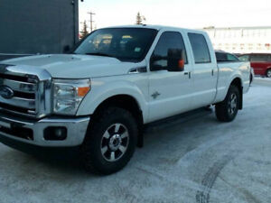 2014 Ford F-250 Lariat  DIESEL........WE FINANCE EVERYONE