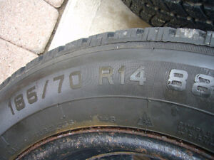 Snow tires on steel rims $400 London Ontario image 3