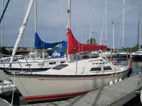 Mirage 25 Sailboat+8' Dinghy with oars