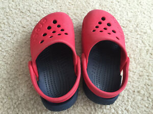 Black and Red Crocs toddler size 6