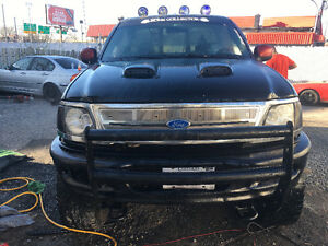 2001 Ford F-150 SuperCrew Full equip 5.7l custom Pickup Truck