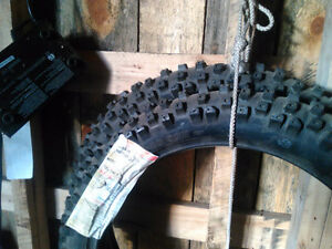 2 front tires