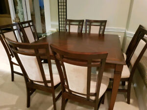 Adjustable 6 or 8 Dining Table Set