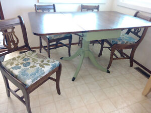 Refinished Duncan Phyfe Style Table