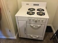 Antique 1952 beach gas stove top oven