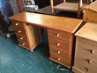 Pine 8 Drawer Dressing Table