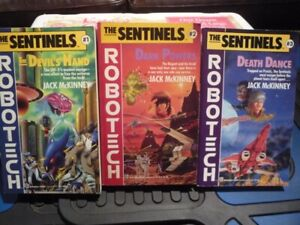 Robotech Novel Books - Vintage/Collector Books