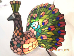 Gorgeous 2000 Tiffany Style Leaded Stained Glass Peacock Lamp
