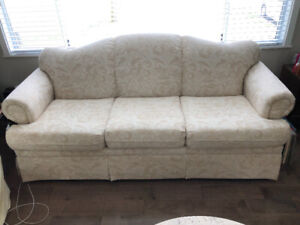 Must Sell This Week!  Couch and Loveseat Set