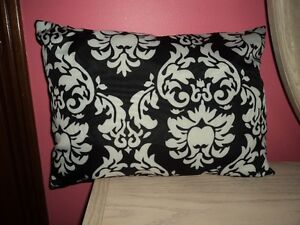 New Black & White Damask Throw Pillow