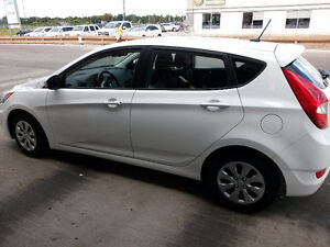 LOW KM LEASE TAKE-OVER!!!! 2016 Accent Hatchback w. EXTRAS!!!