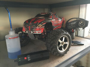 Traxxas T-Maxx 3.3 For Sale Regina Regina Area image 1