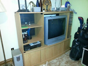 "Entertainment Unit WITH 32"" Sanyo Tv"