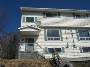 4 bedroom semi,41a mountain ave