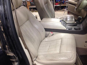 Tan Leather Seats for 03-06 Lincoln Navigator / Ford Expedition London Ontario image 6
