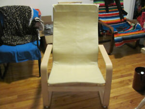 Base de fauteuil Ikea PELLO (sans le coussin)